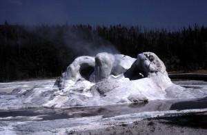 Bardintzeff.USA 3.35 Grotto Geyser