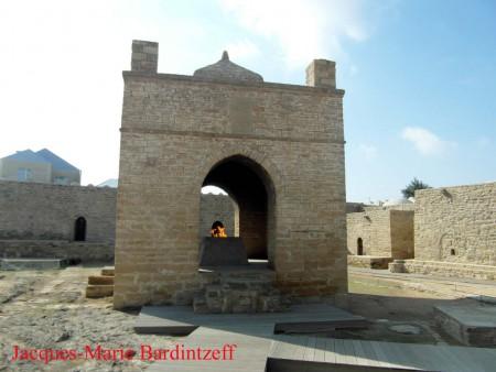 Bardintzeff.Azerbaidjan.SAM_3667.Ateshgah