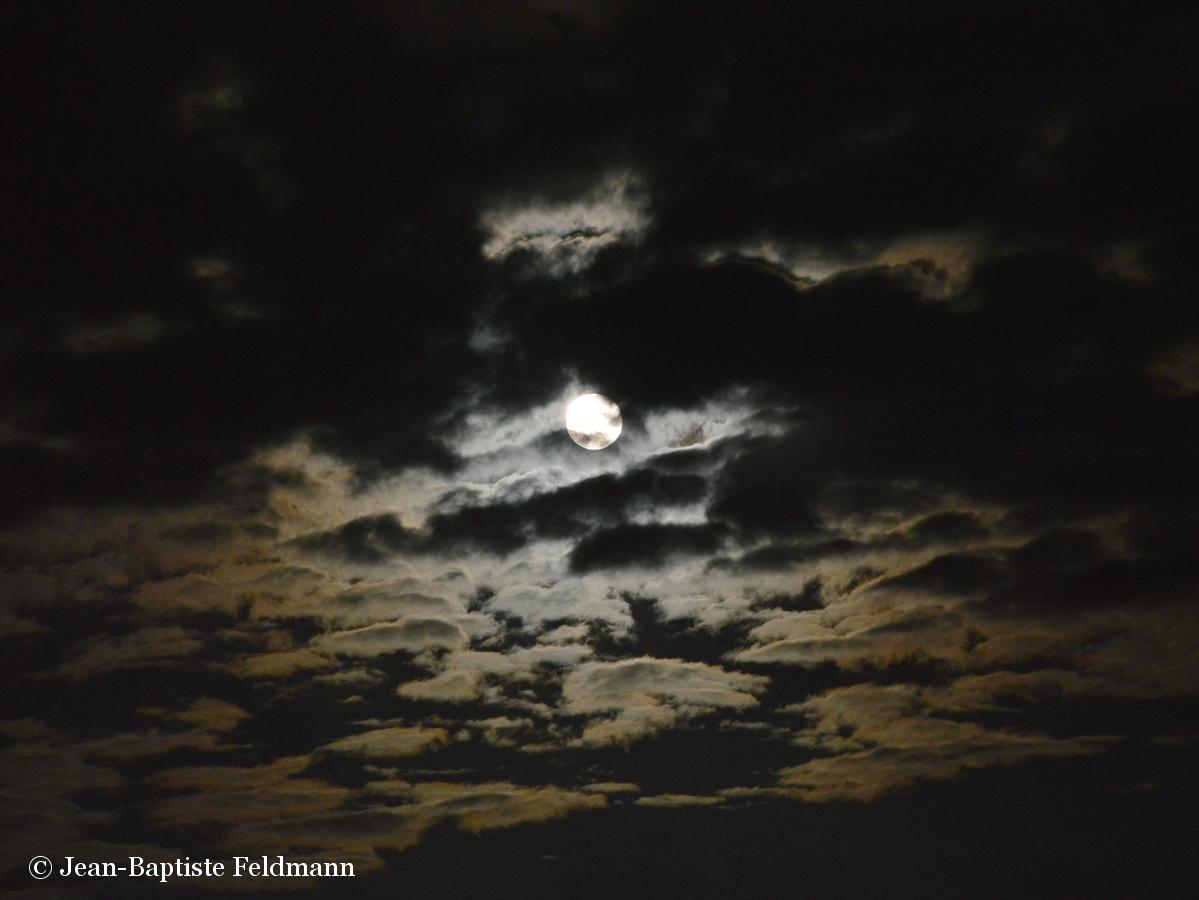 Lune rousse par jean baptiste feldmann - Date lune rousse 2017 ...