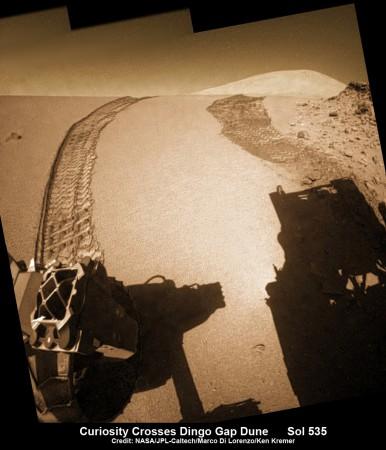 C'est dans la région de Dingo Gap, en décembre 2013 et janvier 2014, que Curiosity a détecté le passage d'une bouffée de méthane. (NASA)