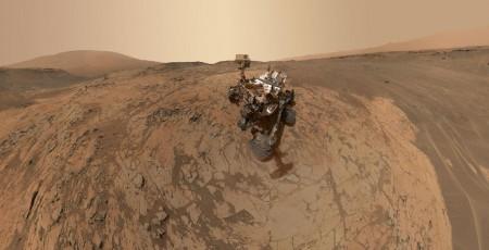 Curiosity at Mojave