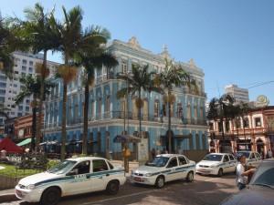 Campinas. Centre historique. Bâtiment témoignage du boom du café brésilien à la fin du XIXème siècle. Campinas est une ville maintenant quasiment englobée dans la banlieue de Sao Paulo.