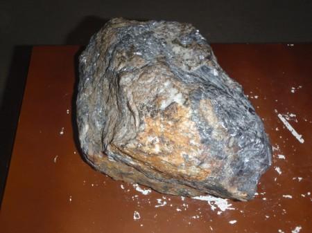 Minerai riche en plomb extrait des mines de Montevecchio. © A. Gioda, IRD.