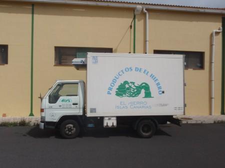 Camion de la coopérative Marca Hierro. Poligono Industrial, Isora A. Gioda, IRD.