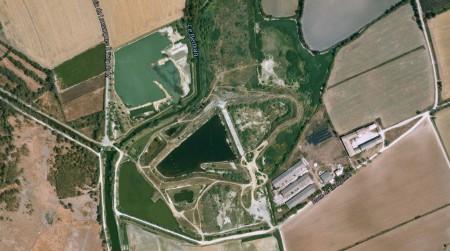 Vue aérienne de la Tartuguière. Lansargues, Hérault, années 2010. Cliché : Googlemap pour le Musée du Fake.