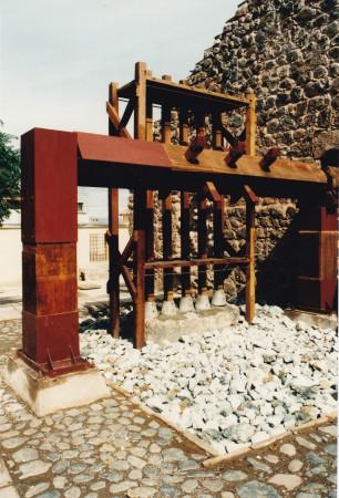 Ingenio San Marcos, Potosi, Bolivie. Opération d'archéologie industrielle ayant abouti à la restauration du moulin et du bocard comme à la création d'un restaurant dans une partie des locaux de l'ancienne usine. Travail du PRAHP sous la supervision de Carlos Serrano Bravo. ©A. Gioda, IRD, vers 1998.