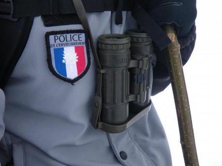Ecusson police de l'Environnement. ©François Breton, Parc National du Mercantour.