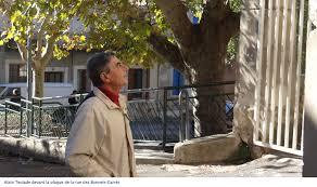 Alain Teulade, gardien de la mémoire des juifs de Posquières (Vauvert) et chercheur de leurs rares traces. ©Vauvert Plus.