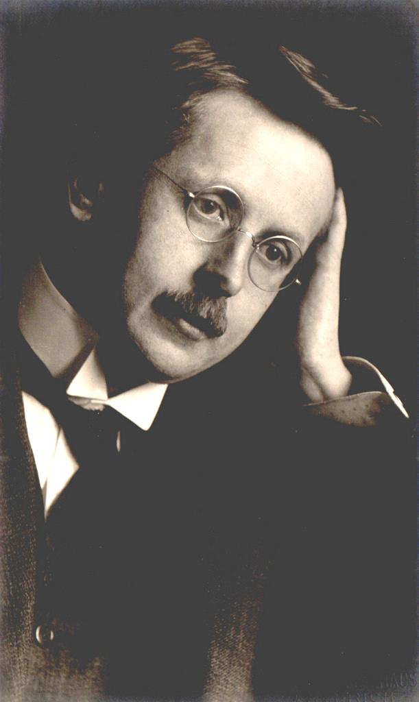 Hermann Weyl (1885-1955), un mathématicien et physicien théoricien des plus influents du XXe siècle.
