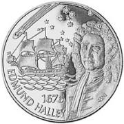 Cette pièce de 50 pence célèbre le voyage de Halley à Sainte-Hélène en 1576 et montre le passage d'une comète qui le rendra mondialement célèbre.